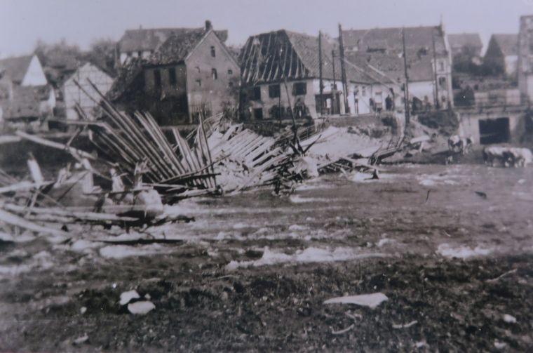 brueckensprengung_1945_2