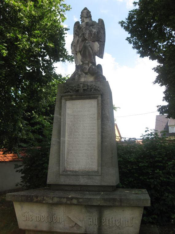kriegerdenkmal_80_jahre_denkmal